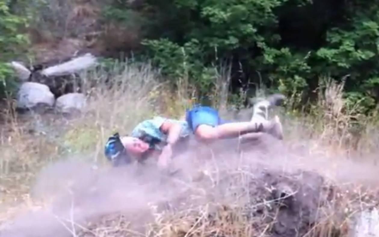 Έφαγε τα μούτρα του! (βίντεο)