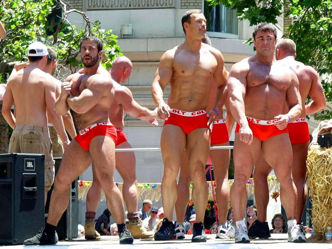 «Φόβος και τρόμος» για τους Gay της Πάτρας η Χρυσή Αυγή!