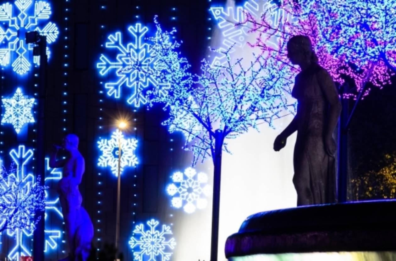 «Μύρισε» Χριστούγεννα σε όλον τον κόσμο!(pics)
