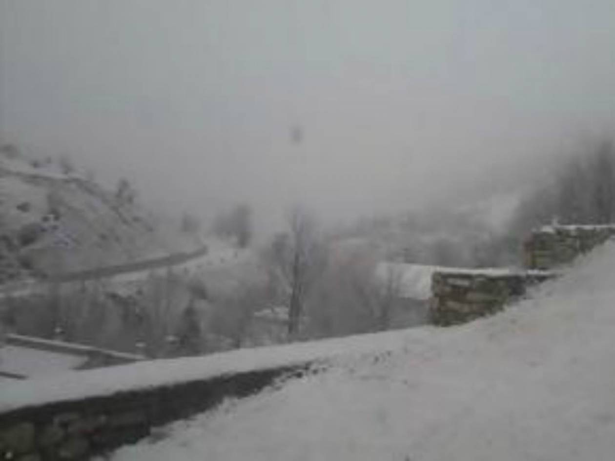 Το «έστρωσε»: 10 εκατοστά χιόνι στη Δυτ. Μακεδονία!