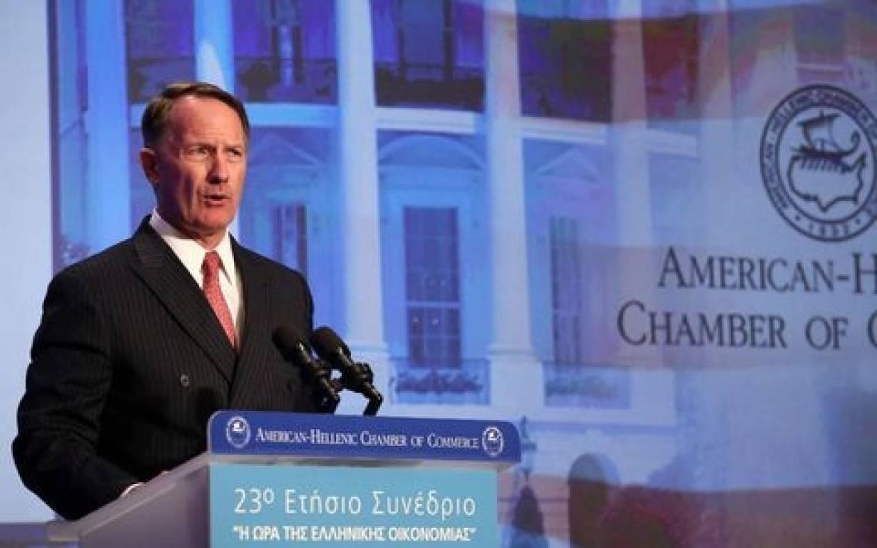 Ντ. Σμιθ: Οι ΗΠΑ στηρίζουν την Ελλάδα