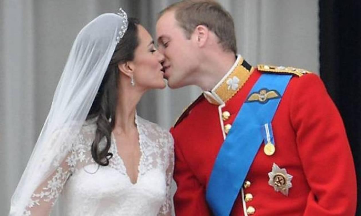Επίσημη ανακοίνωση από το παλάτι για την εγκυμοσύνη της Kate