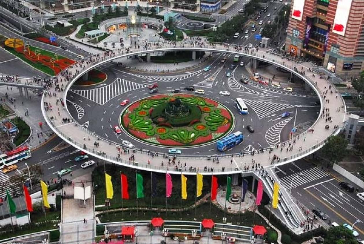 Δείτε την πιο εντυπωσιακή διάβαση πεζών στον κόσμο! (pics)