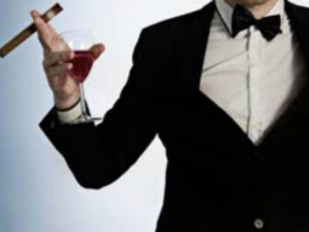 Κρήτη: Ο ληστής φορούσε... κοστούμι!