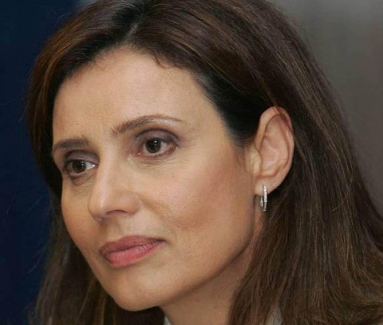 Μπατζελή: Τίθεται θέμα ηγεσίας στο ΠΑΣΟΚ