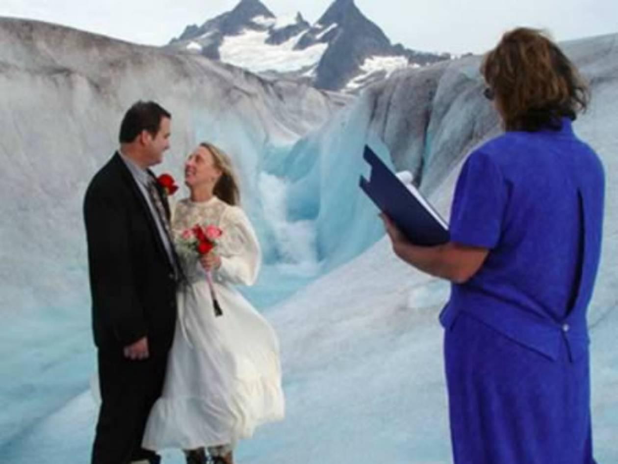 Κι όμως... Είναι φωτογραφίες από γάμους!