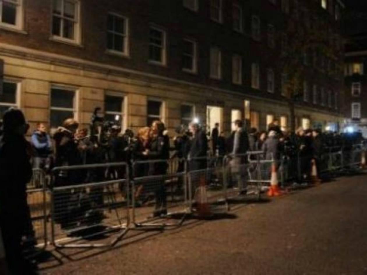 Χαμός έξω από το νοσοκομείο που νοσηλεύεται η Kate Middleton!
