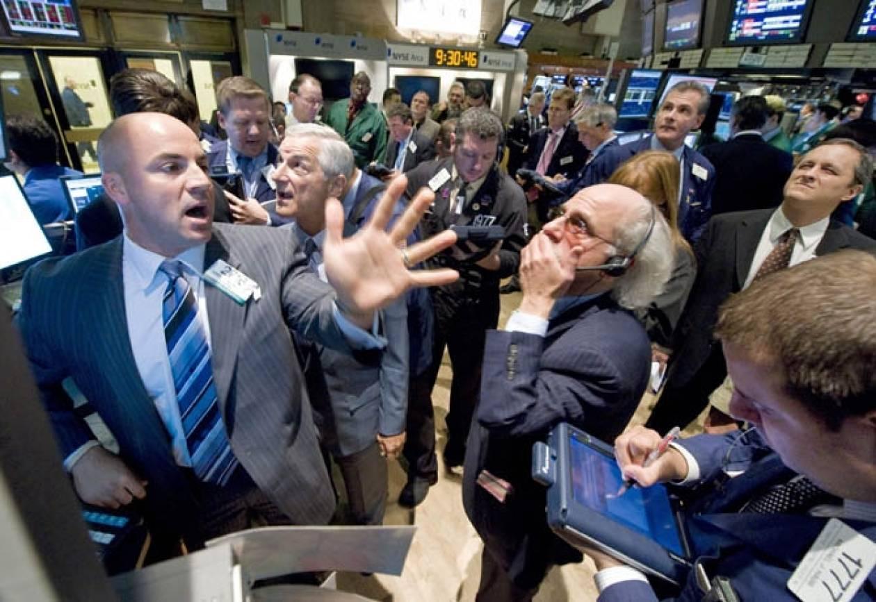 Επιφυλακτικότητα και νέα πτώση στη Wall Street