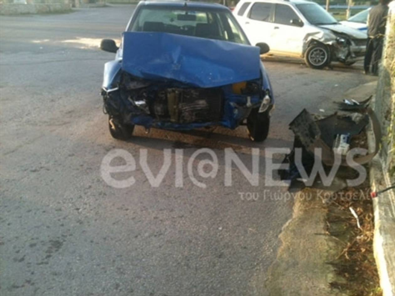 Δείτε πως έγιναν δύο αυτοκίνητα μετά από σύγκρουση (pics)