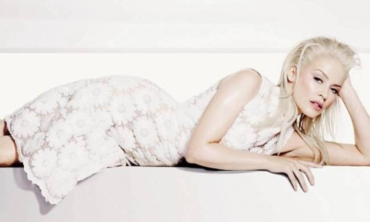 Kylie Minogue: Πολλές φορές με τρομάζει το πρόσωπο μου!