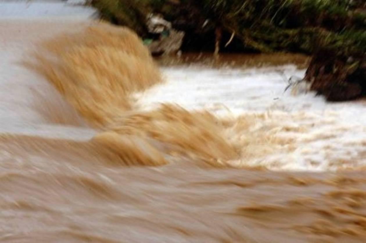 Τραγωδία στο Καρπενήσι-74χρονος παρασύρθηκε από το ποτάμι