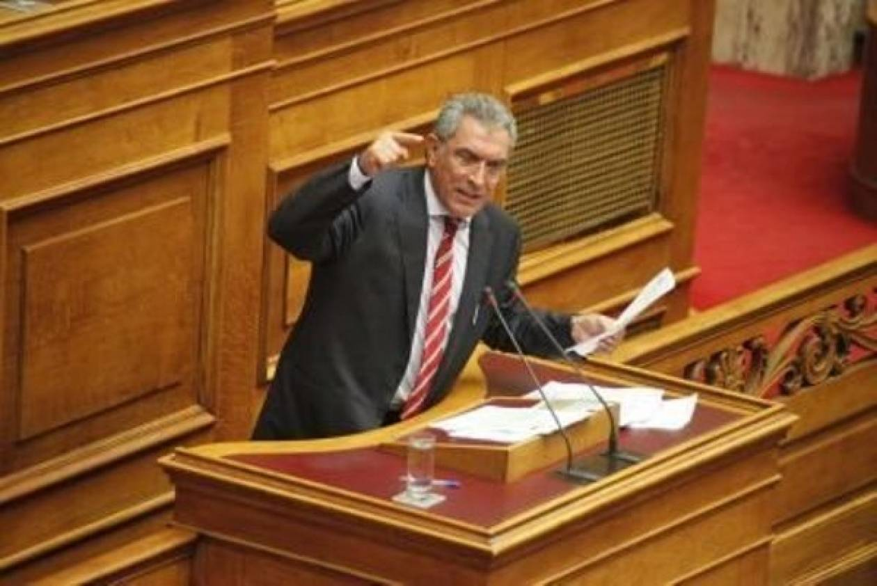 Καπερνάρος: Έκνομη η απόφαση να μην δοθούν αντίγραφα δικογραφιών