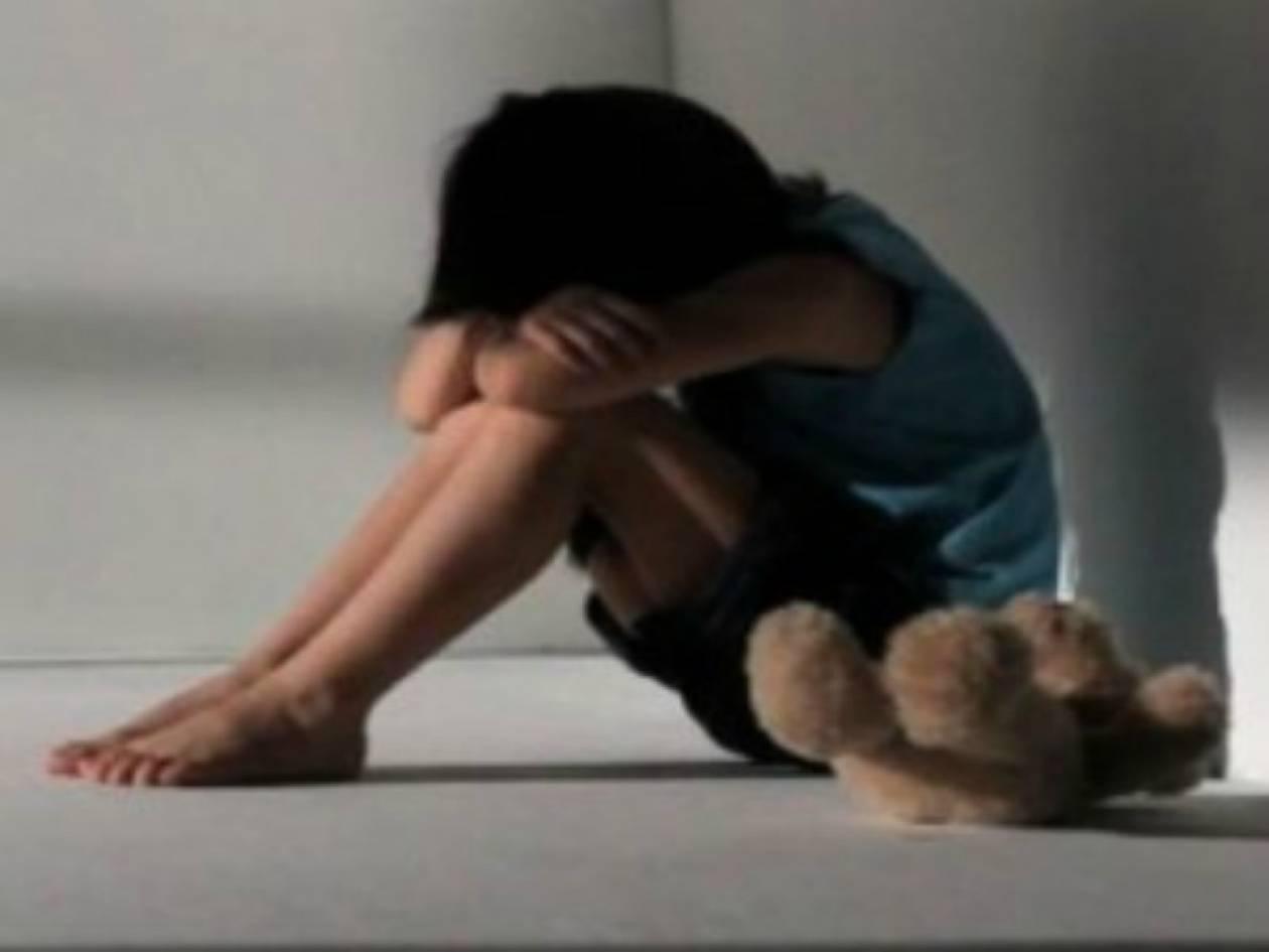 62χρονος: Δεν παρενόχλησα την 11χρονη, απλώς την σκέπασα