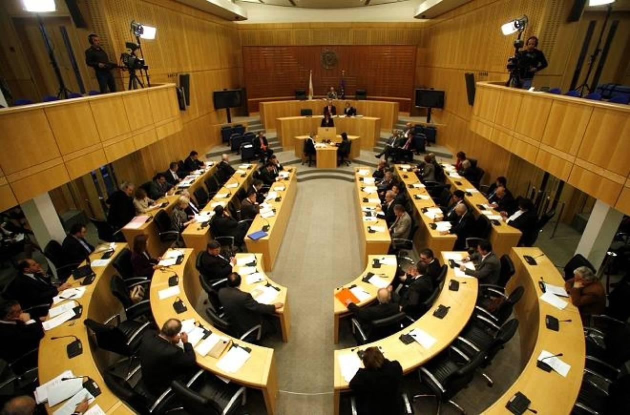 Στη Κυπριακή Βουλή 20 νομοσχέδια-καταιγίδες...για φορολογούμενους
