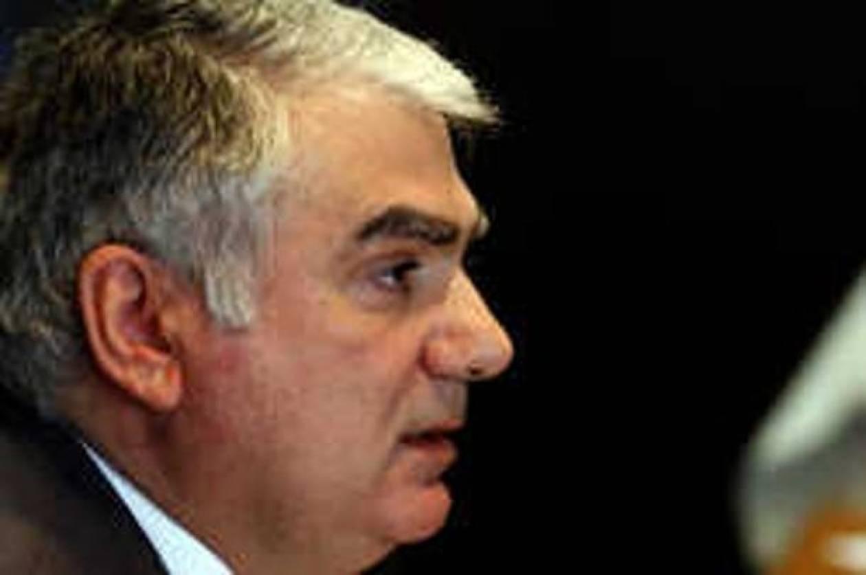 Ο τέως διοικητής της ΚΤΚ απορρίπτει τις κατηγορίες του Χριστόφια