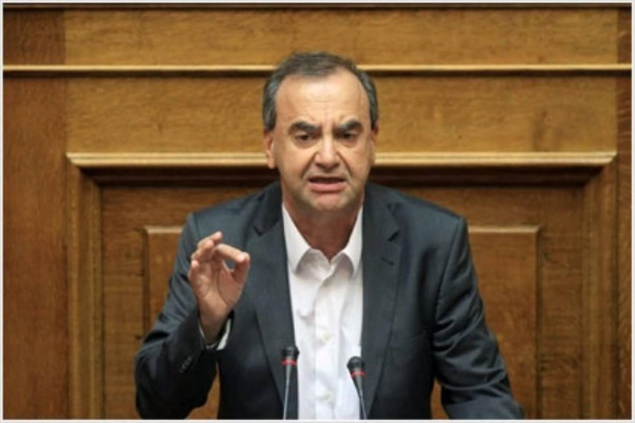 Δ. Στρατούλης: Τα μνημόνια μετατρέπουν την Ελλάδα σε χώρα ανέργων