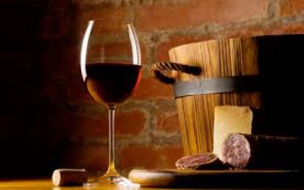 Πέταξαν 62.000 λίτρα κρασί στον υπόνομο!