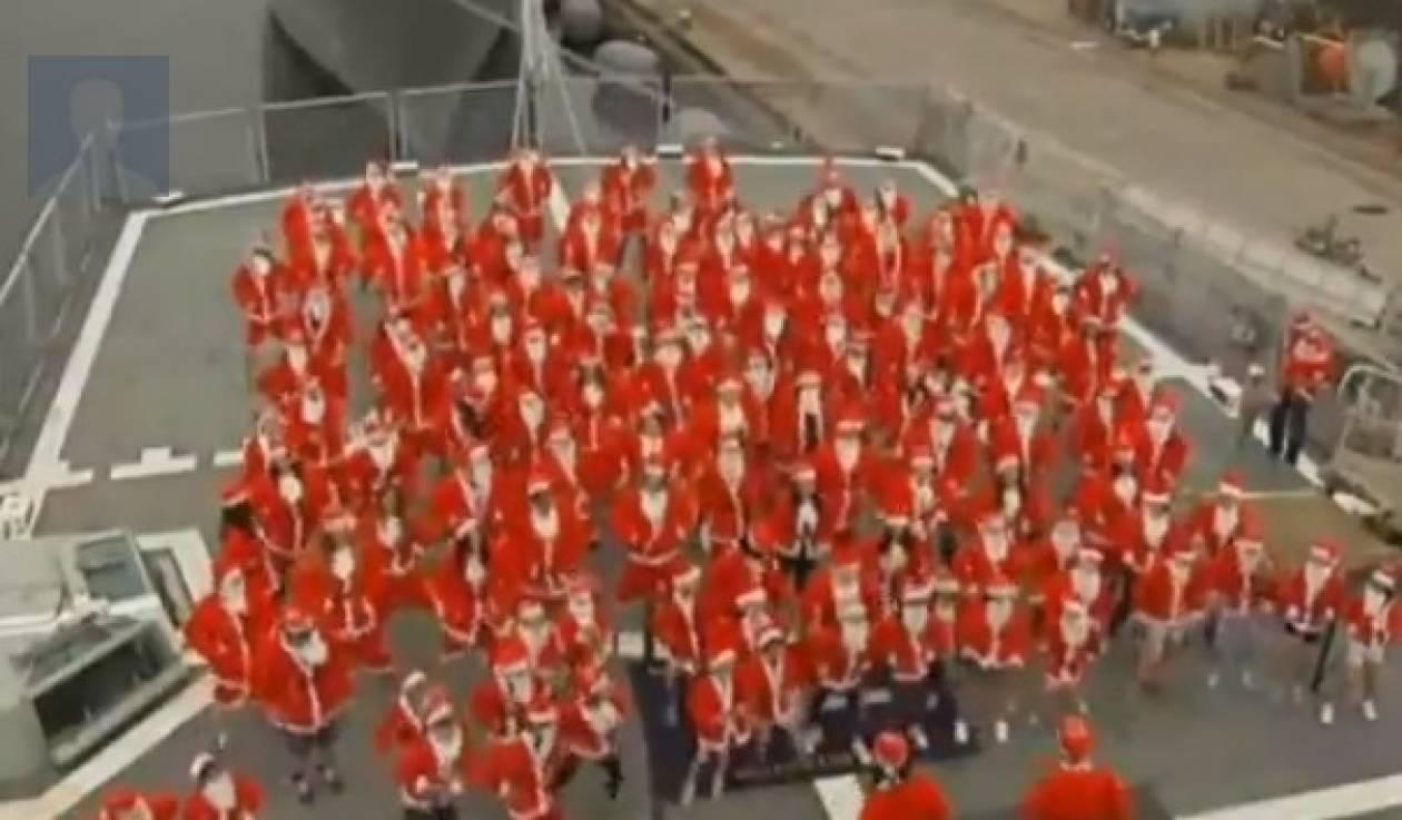 Βίντεο: 150 Άη Βασίληδες χόρεψαν… Gagnam style
