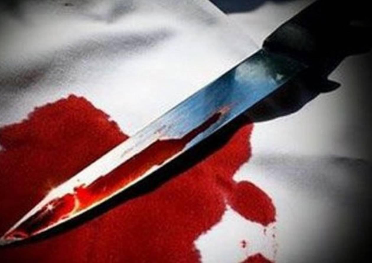 ΤΩΡΑ: Μαχαίρωσε και σκότωσε την γιαγιά και τον γείτονά του