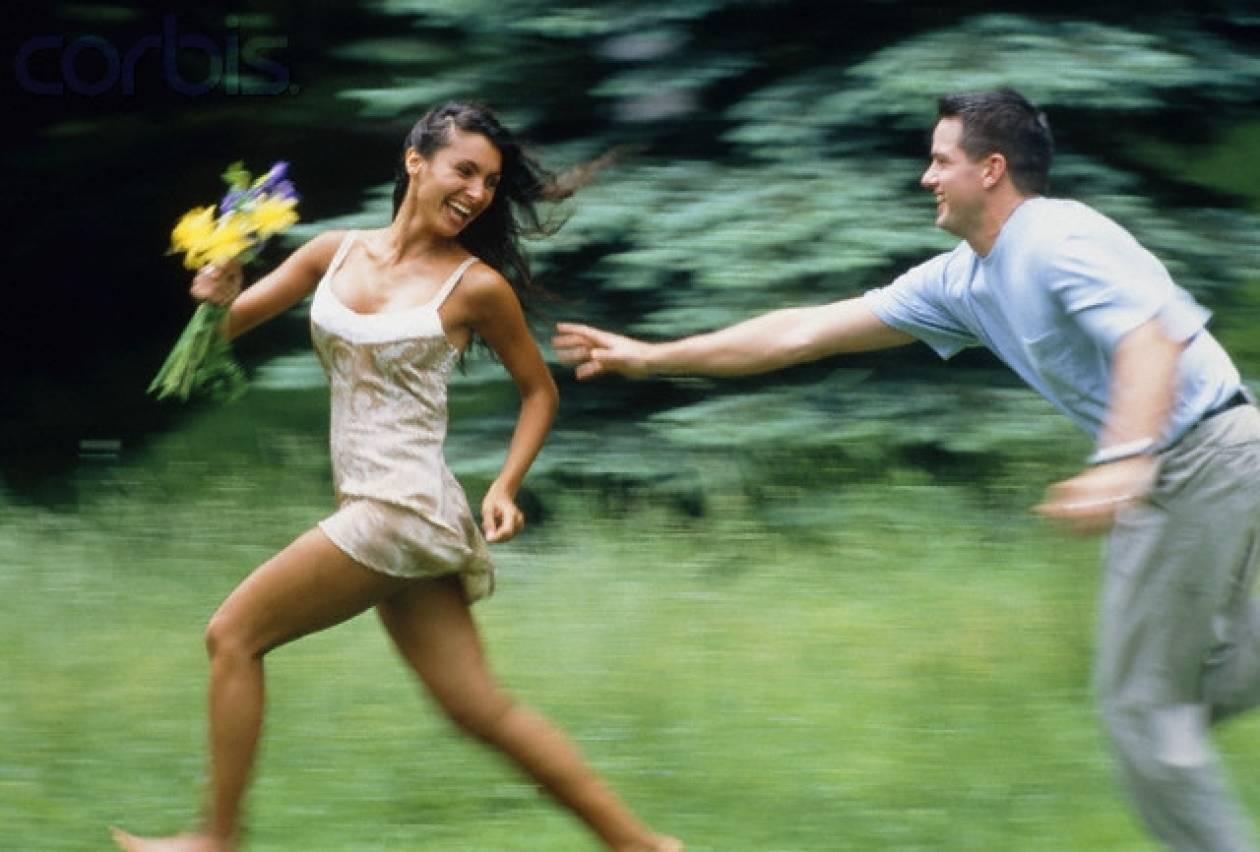 5... ανήθικοι τρόποι για να τον κάνεις να τρέχει από πίσω σου