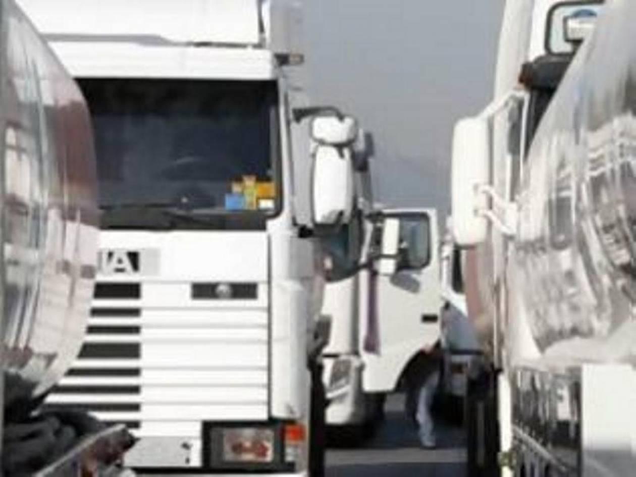 Απειλούν με απεργίες διαρκείας οι αυτοκινητιστές