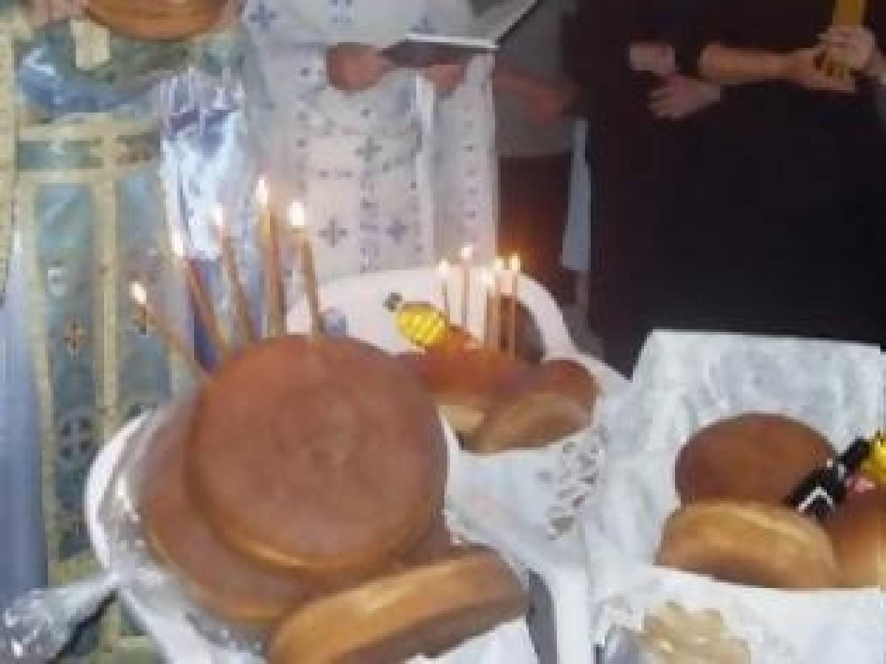 Επιστολή-σοκ: Ο άρτος στην εκκλησία είναι από την Τουρκία