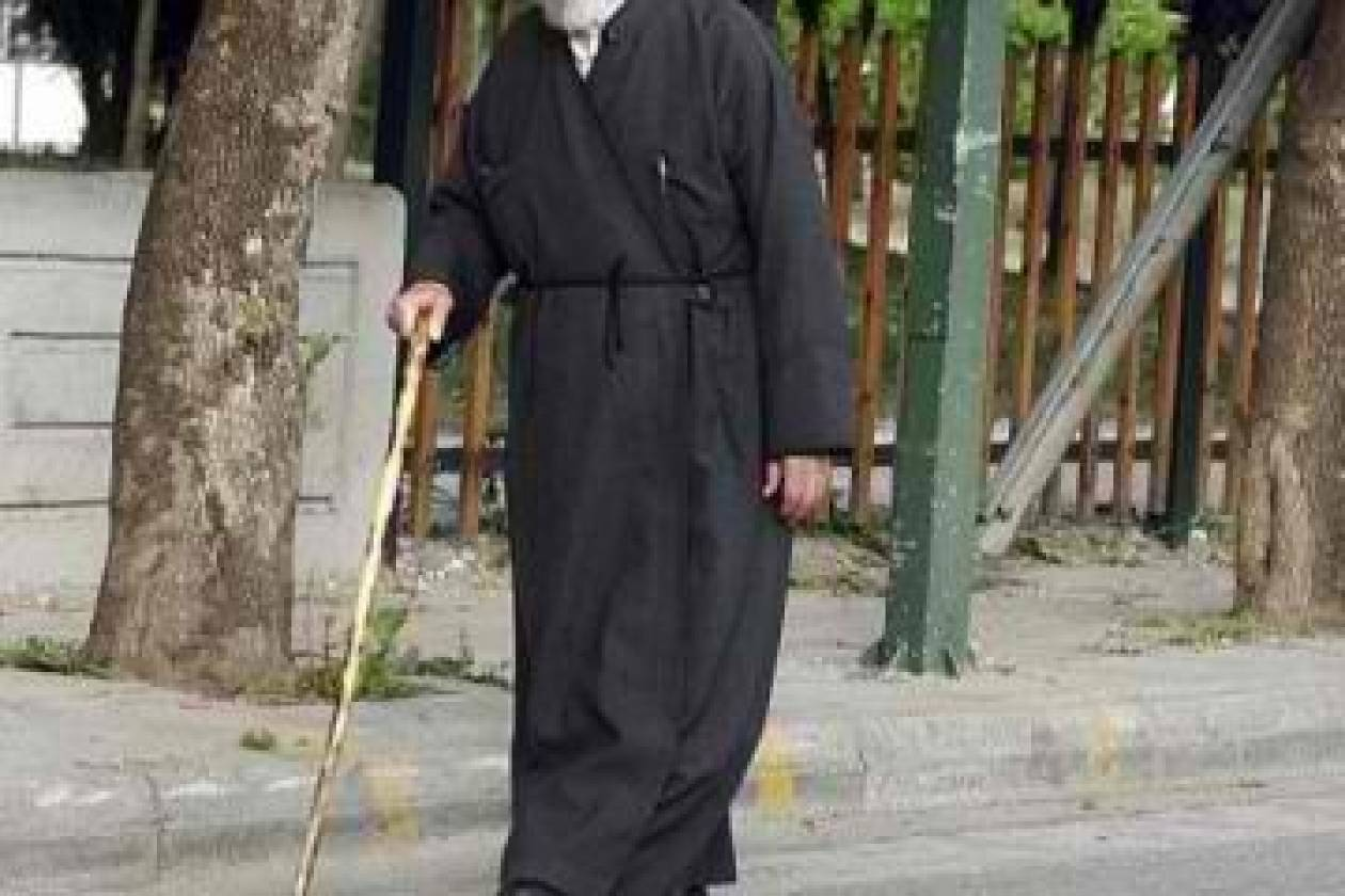 'Ηπειρος: Καταθέτουν...τα όπλα και οι ιερείς