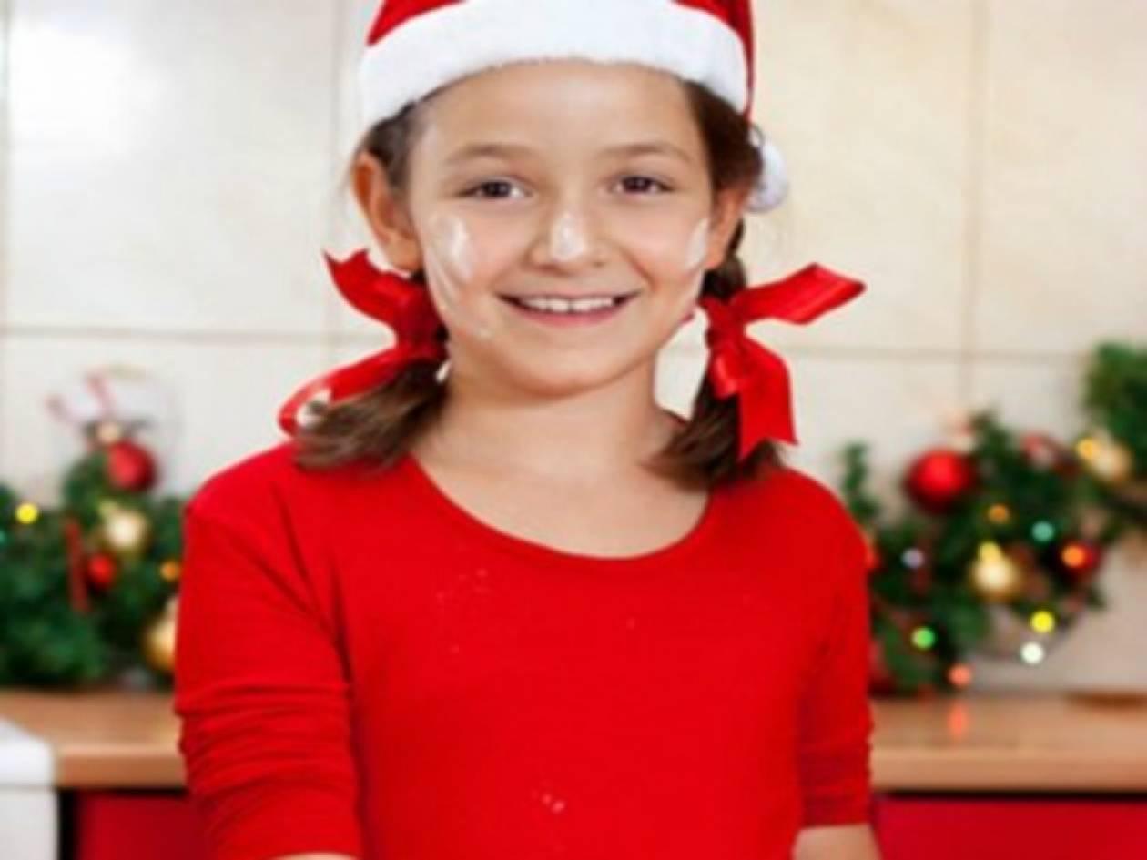 Φτιάξτε DIY χριστουγεννιάτικα στολίδια από ζύμη με τα παιδιά σας!