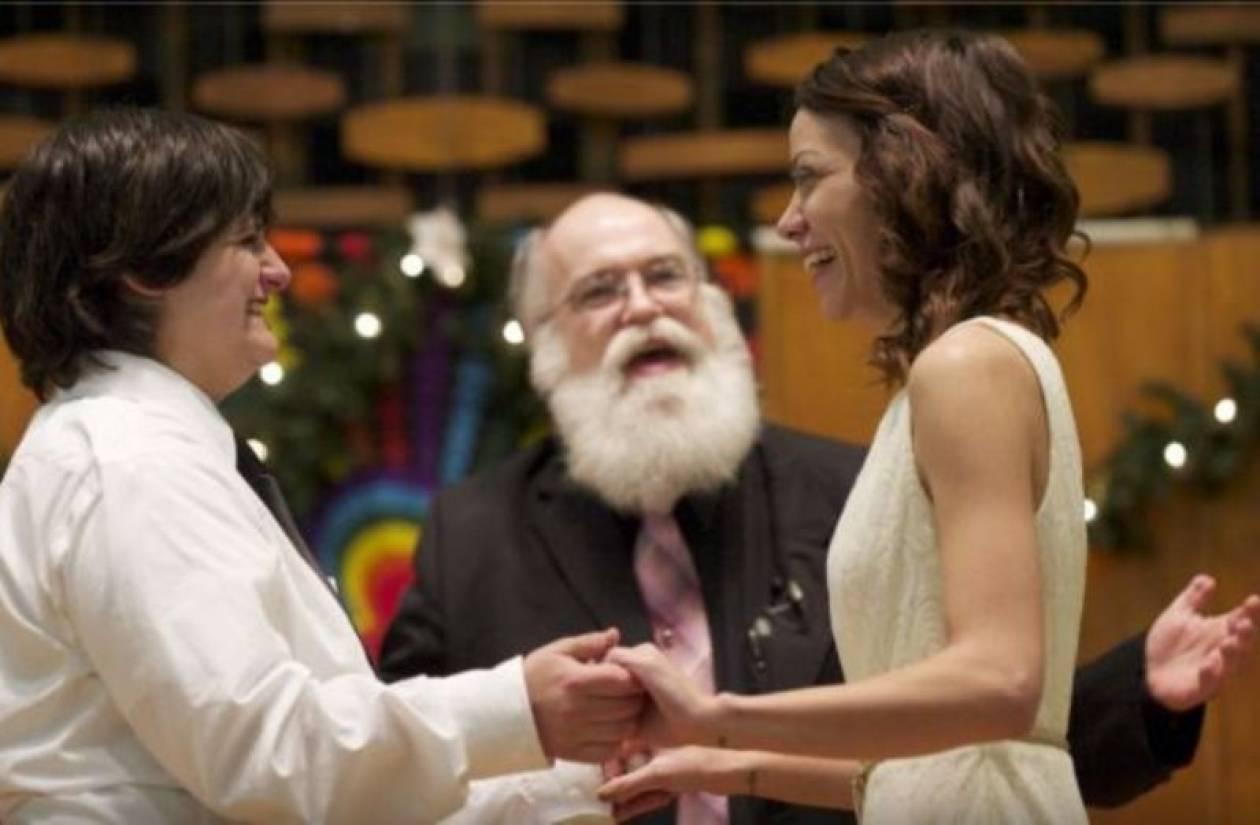 ΗΠΑ: Εκατοντάδες γάμοι ομοφυλόφιλων σε τρεις ημέρες