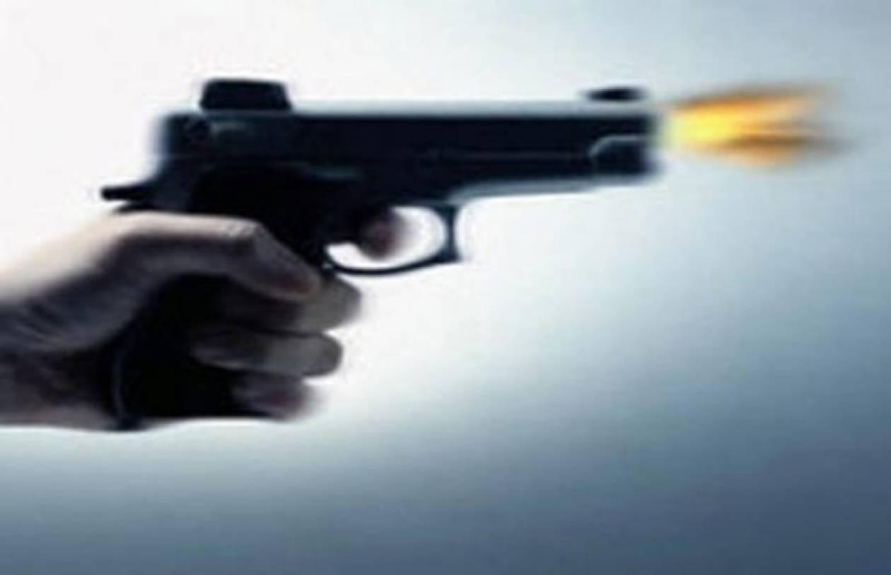ΤΩΡΑ: Τον πυροβόλησαν και του πήραν τα χρήματα