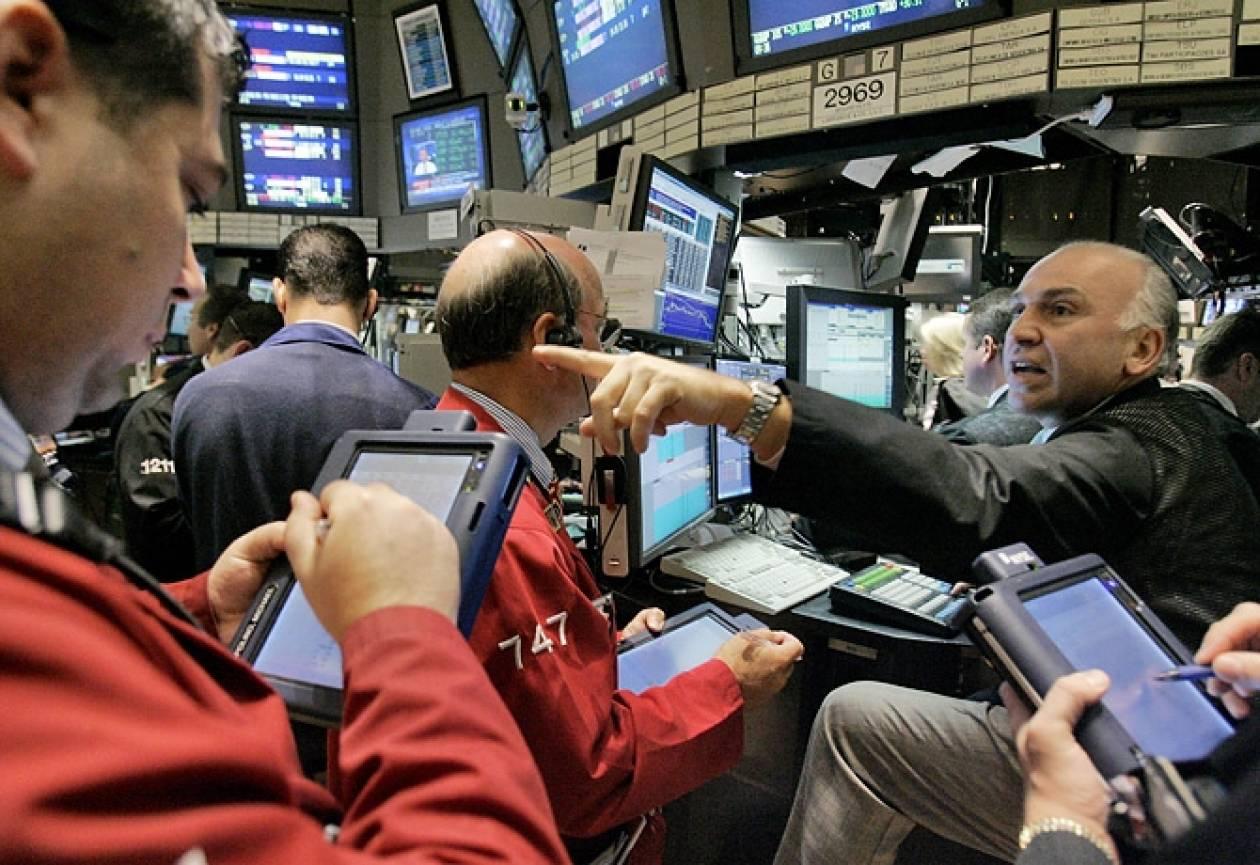 Άντεξε τις πιέσεις η Wall Street