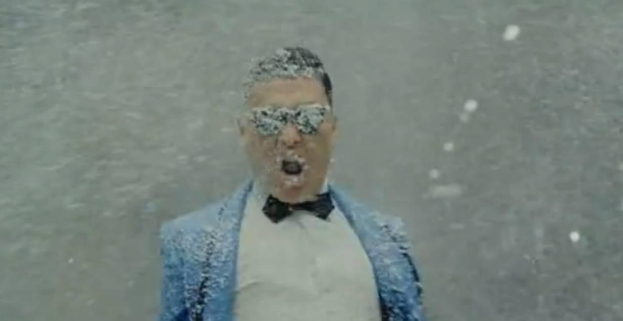 Κορυφαίο: Last Christmas vs Gangnam Style (βίντεο)