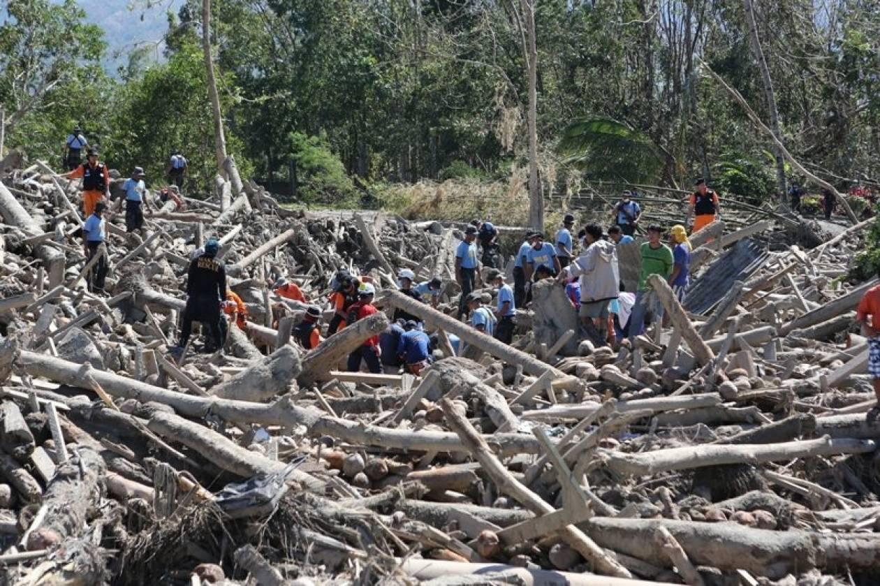Οι νεκροί του τυφώνα Μπόπα ξεπέρασαν τους 700