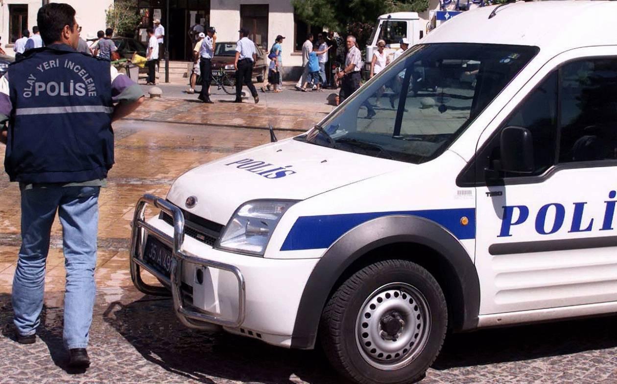 Αιματηρή επίθεση σε αστυνομικό τμήμα στην Κωνσταντινούπολη