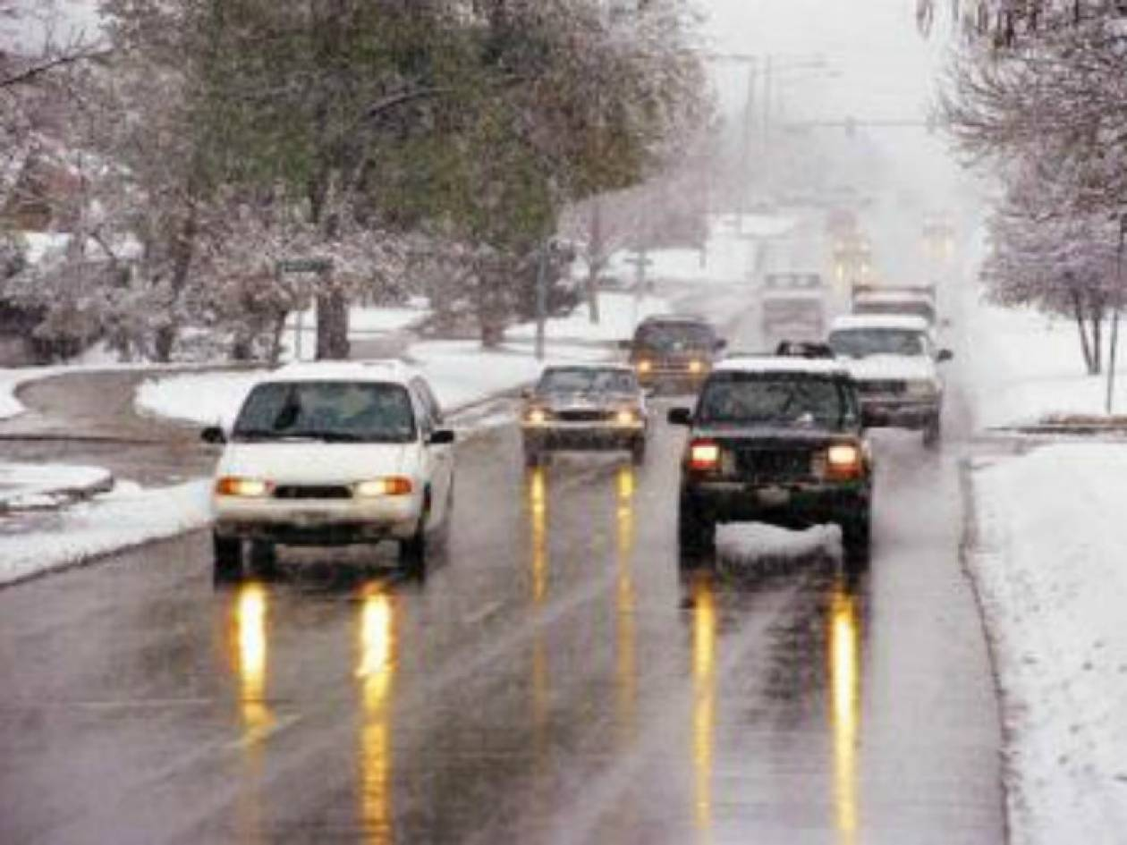 Παγώνει η χώρα - Έρχονται καταιγίδες και χιόνια