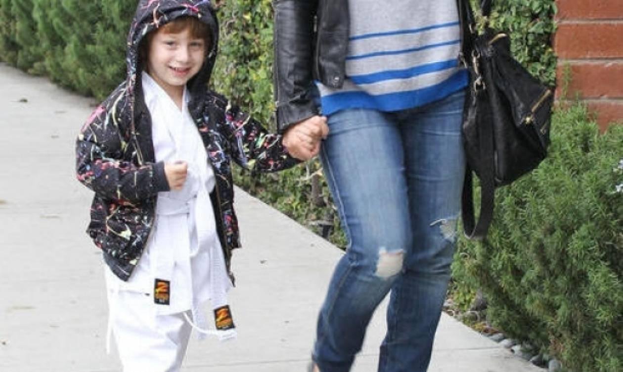 Christina Aguilera: Ο γιος της στο μάθημα καράτε