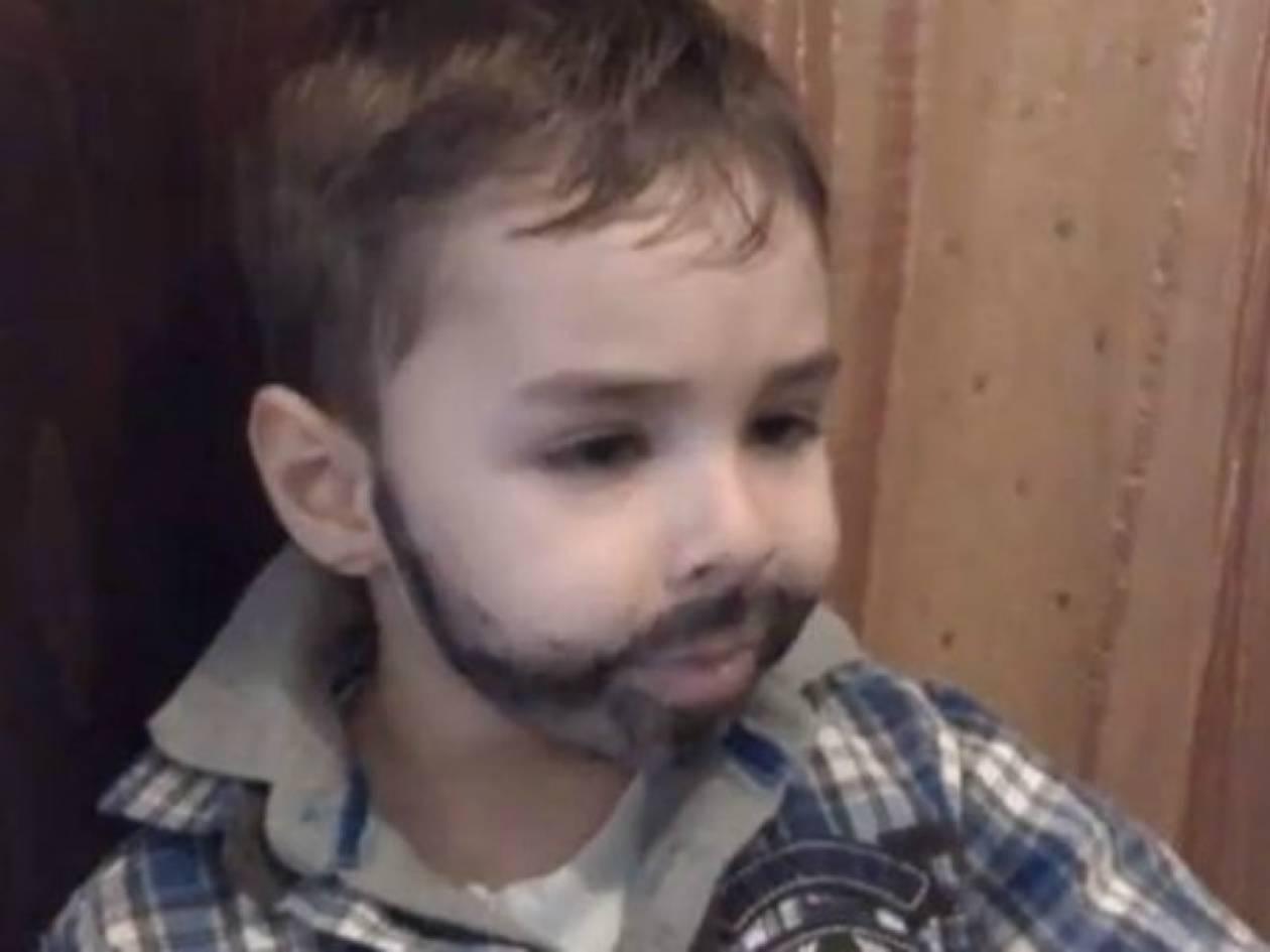 Χαμός στο You Tube: 5χρονος με... μούσια τραγουδά Παντελίδη!