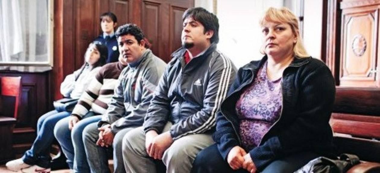 Σάλος: Δικαστήριο αθώωσε 13 σωματέμπορους
