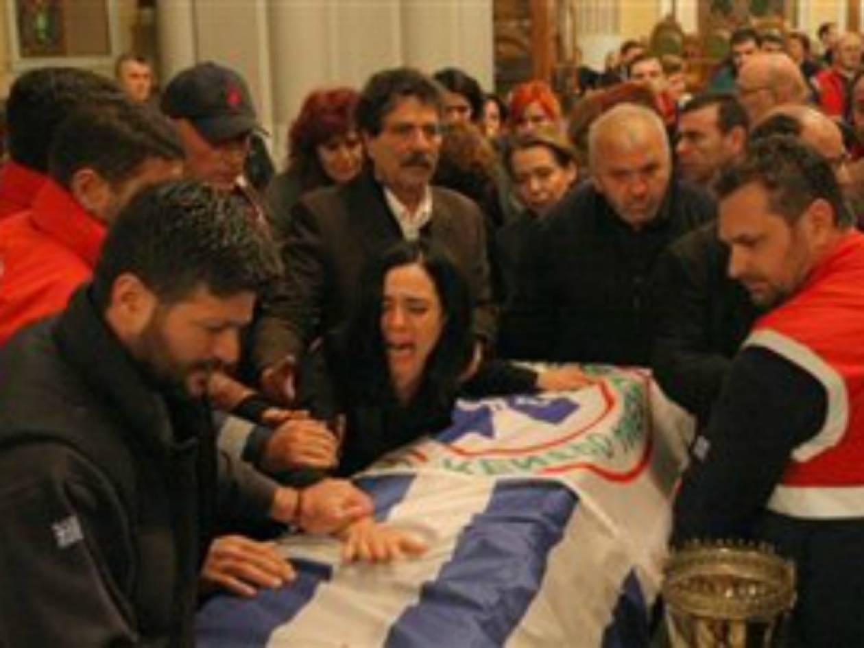 Κρήτη: Στερνό αντίο στους αδικοχαμένους διασώστες