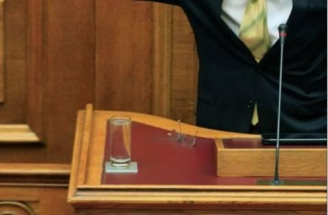 Η Ελλάδα του «νερουλά» της Βουλής