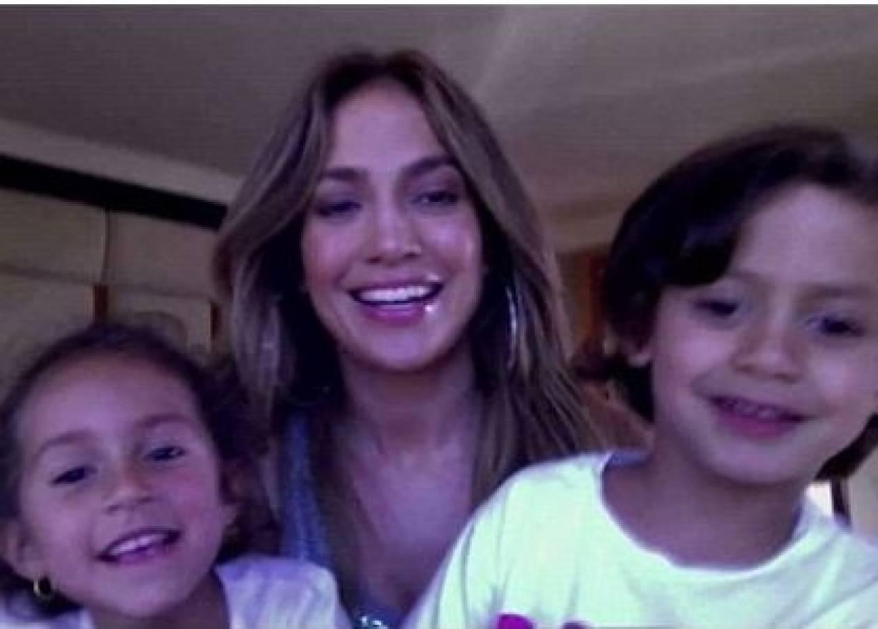 Jennifer Lopez: Συγκεντρώνει χρήματα για φιλανθρωπικούς σκοπούς