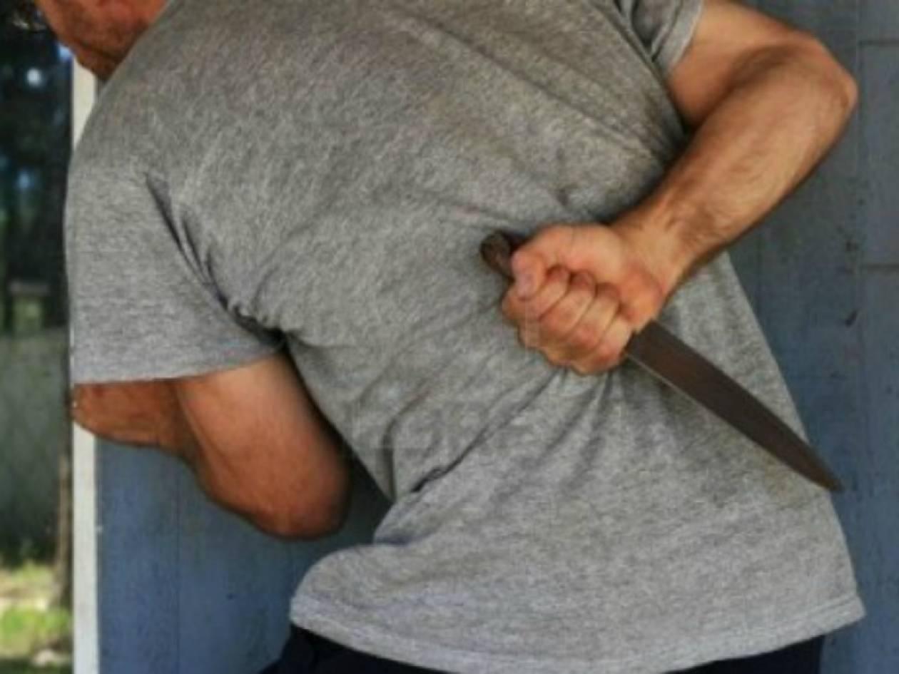 Πάτρα: Έβαλε τον εραστή της να τον μαχαιρώσει επειδή χρωστούσε χρήματα
