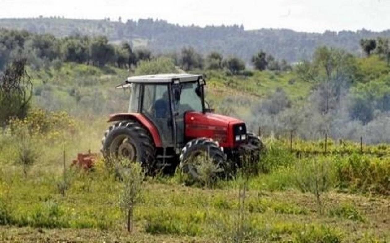 Από αύριο στους λογαριασμούς των αγροτών 1,1 δισ. ευρώ
