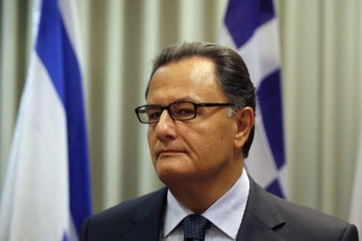 Π. Παναγιωτόπουλος: Μόνο ένας μαμόθρεφτος έχει πρόβλημα με το στρατό!