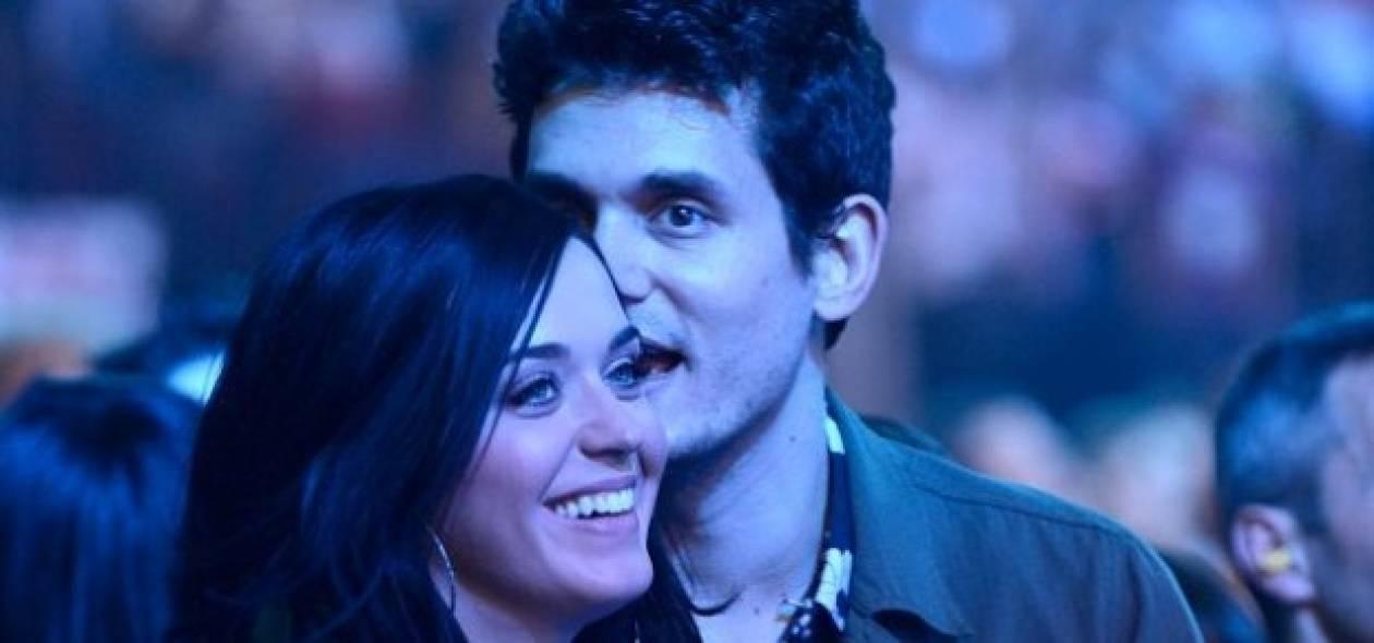 Η Katy Perry είναι «κολλημένη» με τον John Mayer και δεν το κρύβει...