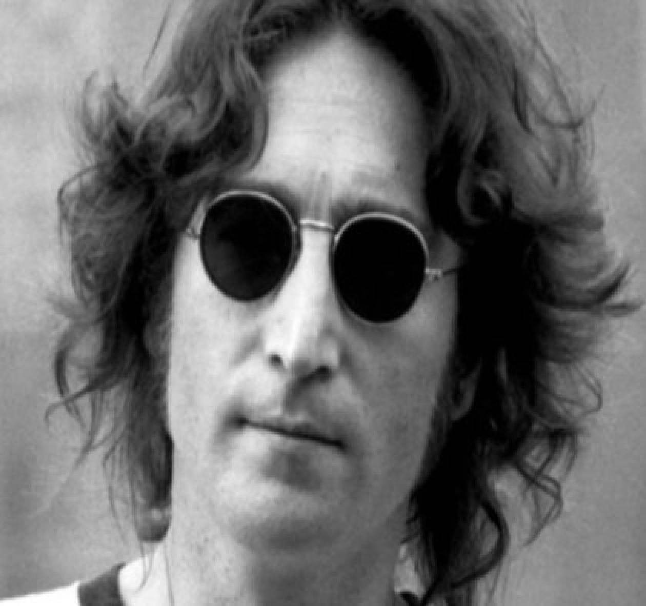 Σε τιμή σοκ ο δίσκος που υπέγραφε ο Lennon την ώρα που τον πυροβόλησαν