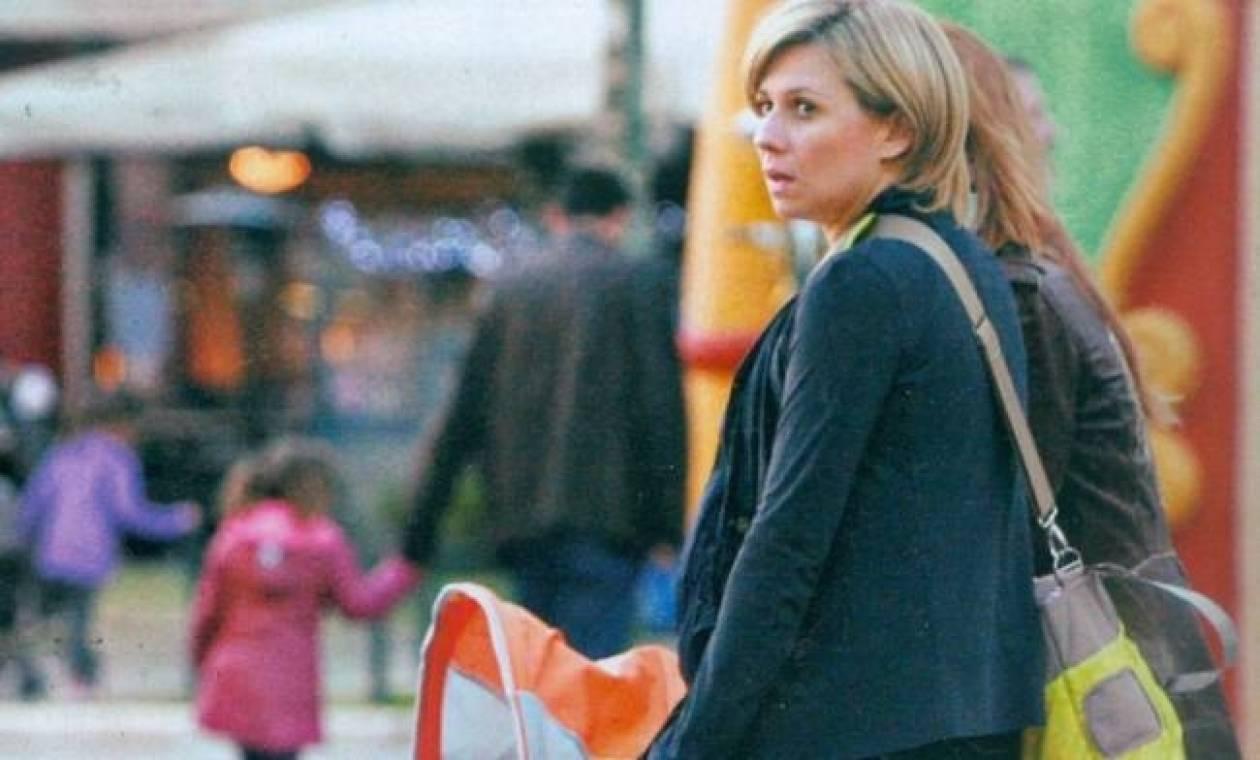 Κατερίνα Καραβάτου: Στη Θεσσαλονίκη με την κόρη της!