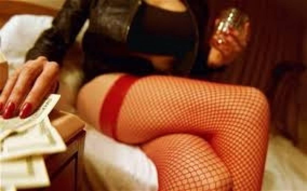 Στα δίχτυα της ΕΛ.ΑΣ.: Πρόσφεραν ποτό με... σεξουαλική επαφή!