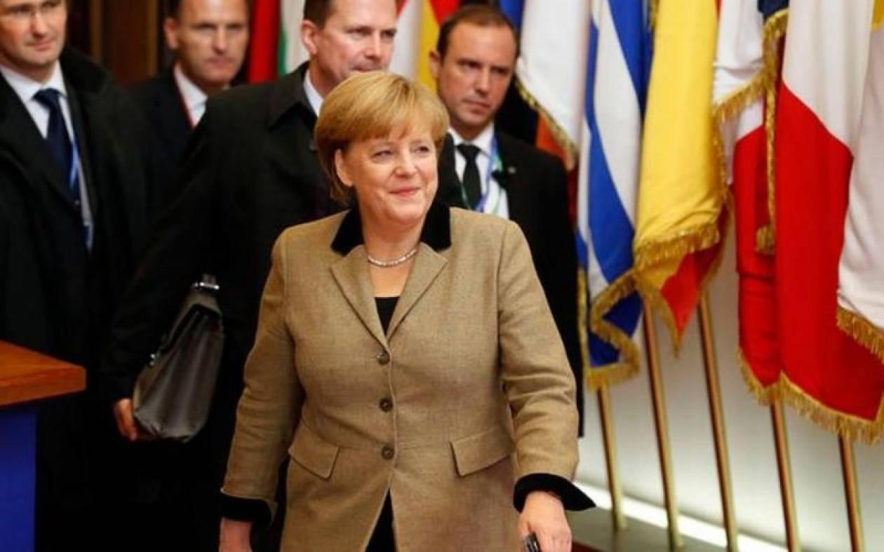 Μέρκελ: Οι Ευρωπαίοι πρέπει να εργαστούν σκληρότερα