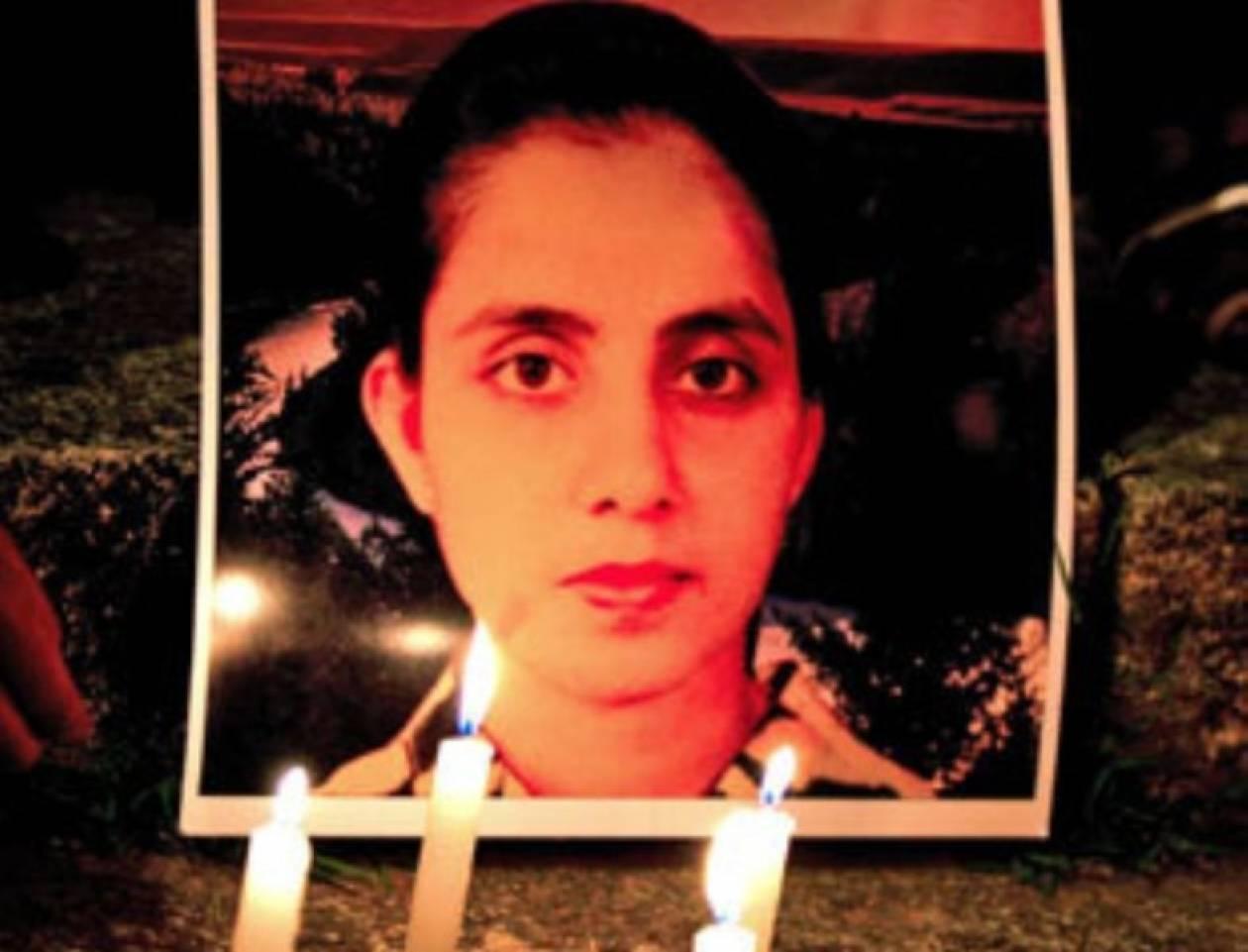 Την ευθύνη της αυτοκτονίας της έριξε στους δύο παρουσιαστές